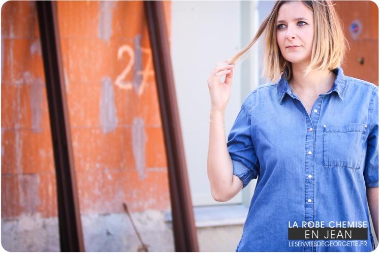 bc3f05e03e5 Collier lune bleue – Coco Loizo – 39€ vendu dans la boutique Tapis Rouge à  La Grande Motte (– 30% en boutique sur l article préféré valable jusqu au  31 05 ...